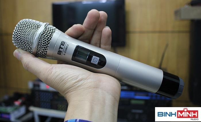 Chọn micro không dây cho dàn karaoke